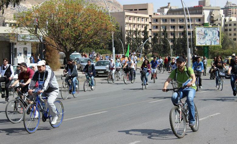 دراجات المواصلات العامة في دمشق